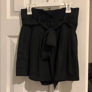High waisted Black Shorts with Ribbon